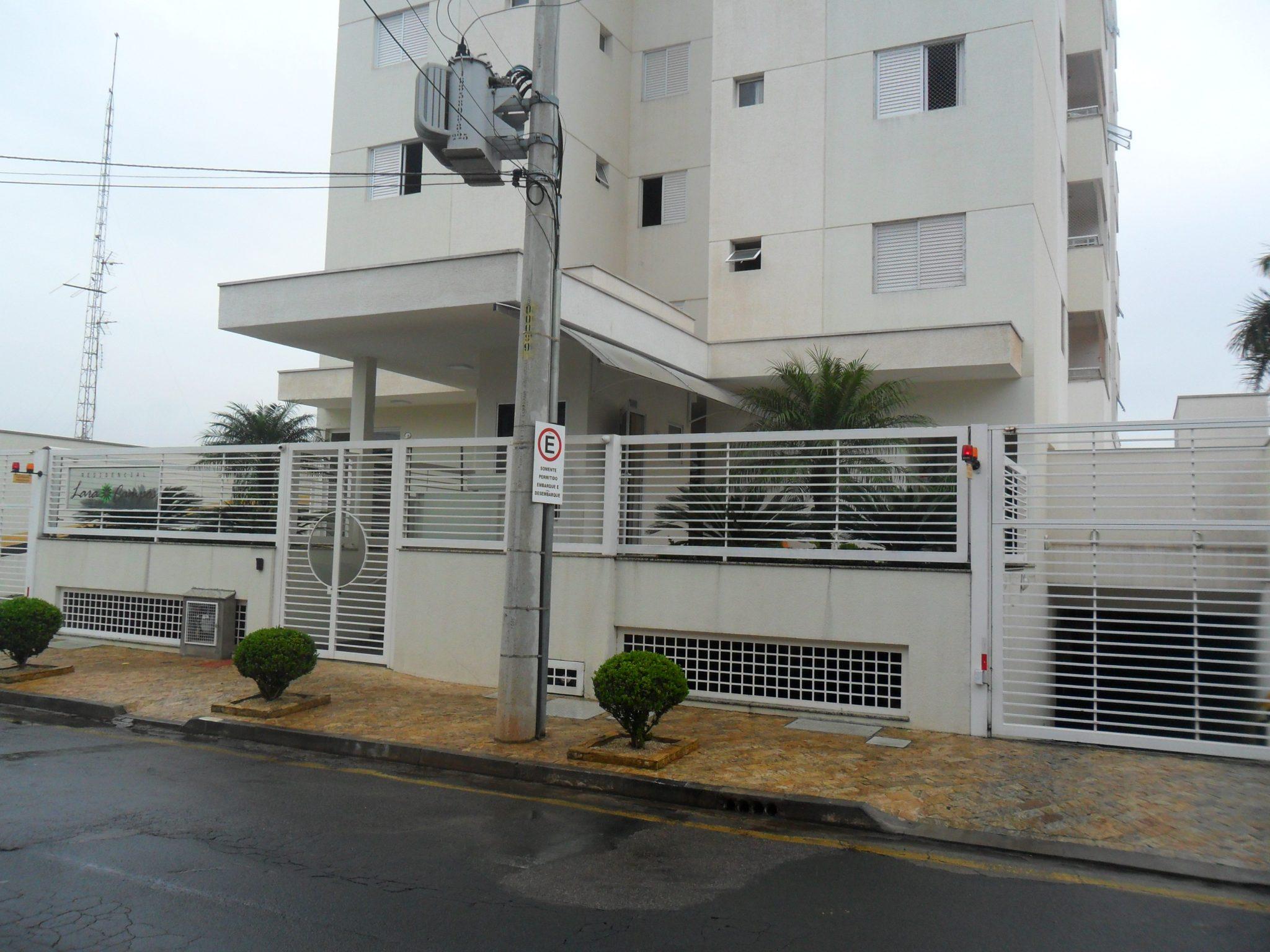 Apartamento – Ed. Lara Campos