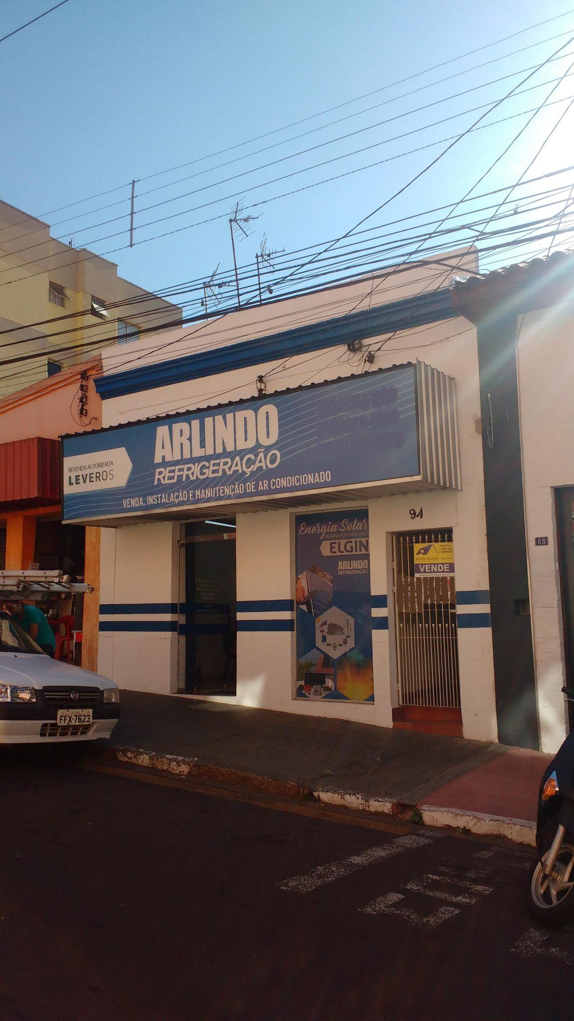 Casa e Ponto Comercial – Centro – Tietê/SP.